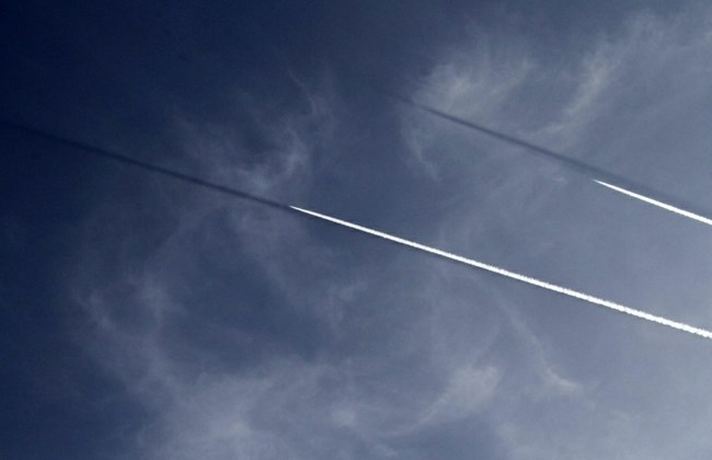 Israeli warplanes carry out mock air raids over south Lebanon. Mohammed Zaatari/The Daily Star.